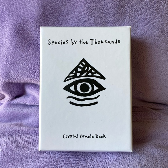 Species by the Thousands Crystal Oracle Deck